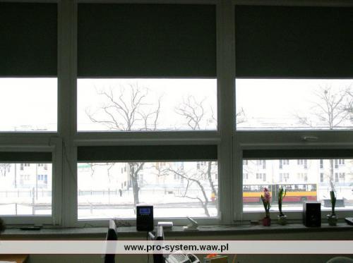 Rolety - podział na oknie.
